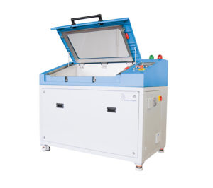 Burst Test Stand for Plastic Components with 400 bar testing pressure wit open test chamber.